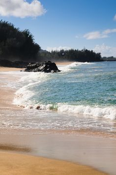 Lumahai Beach, Kauai, Hawaii www.facebook.com/loveswish