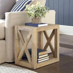 Build this versatile multi-use farmhouse side table as an end table for the living room or as a bedside table. Beginner friendly DIY end table plans for this beautful rustic or modern farmhouse stye planked X side table. Diy Furniture Projects, Diy Furniture Plans, Farmhouse Furniture, Rustic Furniture, Homemade Furniture, Modern Furniture, Diy Projects, Bedroom Furniture, Simple Wood Projects