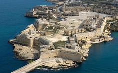 Those looking for the impressive red rock buildings that serve as the front of the Red Keep in King's Landing need only look no further than Fort Ricasoli in La Valletta, Malta. Various parts of the city have been filmed while representing the seat of kings in Westeros, most noticeably the star-shaped barricades that surround the city and the front gates used as the gates of the Red Keep. Visitors will notice that the city is visibly paler than it appears in the television show as the colour…