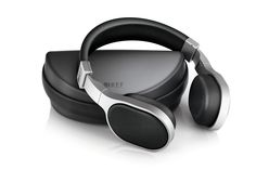 KEF M500 hifi headphone