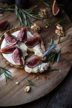 Limoncello fig tart with walnut and rosemary crust