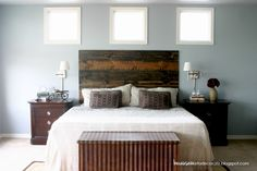 DIY Rustic Headboard Tutorial « becauseiliketodecorate…(one fellow hung this with strips - a thought! Decor, Home Diy, Master Bedroom Makeover, Home Bedroom, Bedroom Makeover, Rustic Diy, Diy Decor, Rustic Headboard Diy, Home Decor