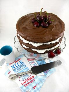 CHOCOLATE TRUFFLE LAYER CAKE WITH CHERRIES - Lifesafeast