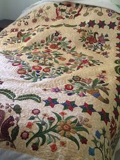 Mary Brown quilt by Merri Garton via Katrina's quilting blog -WOW!