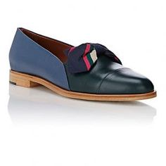 50% off Band of Outsiders - Loafers Bow-Embellished Cap-Toe Dark Green & Dark Blue - $213 #bandofoutsiders #loafers
