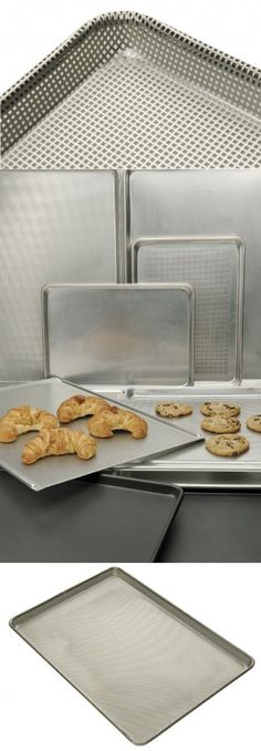 Focus Foodservice Commercial Bakeware 16 Gauge Aluminum Fully Perforated Sheet Pan Full Size