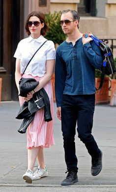 best service bba67 f17d2 Anne Hathaway in the adidas Stan Smith Sneakers N Stuff, Celebrity  Sneakers, Adams Smith
