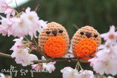 Deze lieve roodborstjes maakte ik eerder deze week. Ze zijn zo makkelijk te maken, maar oh zo schattig! Vandaag deel ik het patroon met jullie! I made these sweet robins earlier this week. They're ...