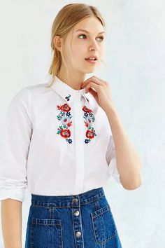 Floral Garland, Garlands, Urban Outfitters, Jane Porter, Embroidered Blouse,  Sisters, Jesus, Western Wear, Salsa