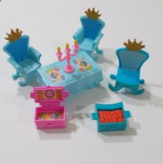Fisher Price Little People Dance Twirl Princess Castle Furniture Table Chairs People Dancing, Princess Castle, Vintage Fisher Price, Childhood Toys, Little People, Table And Chairs, Xmas Gifts, Table Furniture, Dance