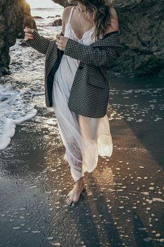 uno_de_50_jewels-slip_dress-checked_jacket-vintage_chanel-sandro-matador_beach-malibu-golden_goose_sneakers-street_style-collage_vintage-116