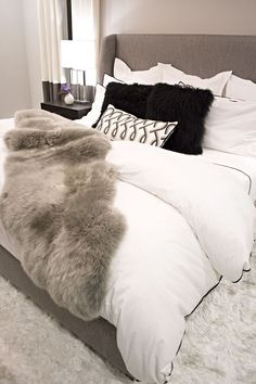 cozy neutral and layered modern bedroom - Philadelphia Magazine's Design Home 2016 Bohemian Bedroom Decor, Cozy Bedroom, Home Decor Bedroom, Master Bedroom, Bedroom Ideas, Bedroom Designs, Master Suite, Black Bedroom Decor, Bohemian Apartment