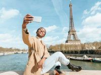 French-Inspired Slang That Makes English Sound Très Chic Rafting, Monument Valley, French Slang, Famous Structures, Belle France, French Expressions, Stock Foto, Parc National, Travel Alone
