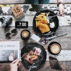 Eat like and artist // PB & J Toast x Beer Battered Dory at @artistrycafesg 17 Jalan Pinang #Singapore.  #InijieSingapore #inijiegram #food #TableToTable #kuliner #culinary #coffee #HobiKopi