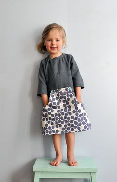 the little fox carries .-das füchslein trägt … …, completely carnival-free, a dress with the pretty name Fashion Kids, Vêtements Goth Pastel, Vêtement Harris Tweed, Stylish Baby Clothes, Pretty Names, Toddler Girl Style, Toddler Girls, Girls Dresses, Baby Shoes