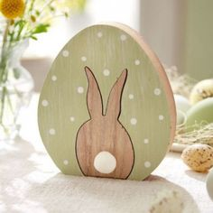 Deko-Objekt Hase im Ei, ca. H 14 cm Katalogbild - Easter Easter Projects, Easter Crafts, Wood Projects, Woodworking Projects, Christmas Wood Crafts, Diy Ostern, Pintura Country, Easter Traditions, Wood Patterns