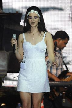 Lana Del Rey Pictures - Lana Del Rey Performs in Turin - Zimbio