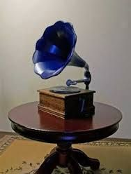 VICTOR VICTROLA OAK PHONOGRAPH with tin horn - Google Search