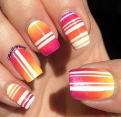 Line them up nail art dégradé nails, nail arts et fun nails Get Nails, Fancy Nails, Love Nails, Fabulous Nails, Gorgeous Nails, Pretty Nails, Amazing Nails, Nail Polish Designs, Cute Nail Designs