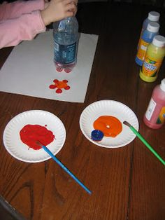 Preschool Crafts for Kids*: Drink Bottle Flower Stamp Craft