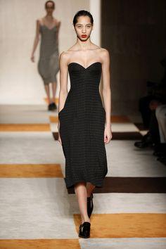 Victoria Beckham | Ready-to-Wear - Autumn 2016 | Look 33