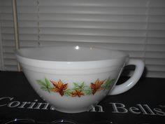 Rare Maple Leaf FEDERAL Milk Glass Batter/Mixing