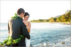 Olowalu Plantation House Maui Oceanfront Wedding Photographer Photography Hawaii Wedding Photographer Destination Kevin Le Vu Photographs-43
