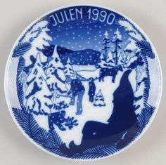 LOT-PORSGRUND-Christmas-Plates-Norway-1988-1989-1990-1991-1992-5-Pc-Complete-Set Plates For Sale, Christmas Plates, Norway, Decorative Plates, Blues, Sculpture, Tableware, Gifts, Shopping