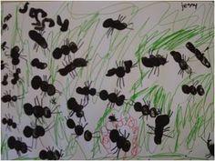 Mieren stempelen met je vingers (3 delen) De 6 pootjes worden erbij getekend.