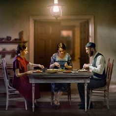 Enchanting Photographs Tell of Love, Heartache, and Family in Prewar Krakow Narrative Photography, Cinematic Photography, Fine Art Photography, Amazing Photography, Dark City, Dramatic Lighting, Edward Hopper, Shooting Photo, Foto Art