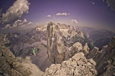 action lifestyle highline good peopel everything on the top of the 3 cime di lavaredo