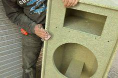 lijado de la cabina Subwoofer Box Design, Speaker Box Design, Speaker Plans, Box Building, Diy Speakers, Loudspeaker, Klipsch Speakers, Licence Plates, Log Projects