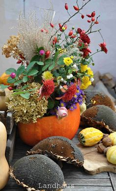 Bouquet, Pumpkin, Autumn, Table Decorations, The Originals, Furniture, Home Decor, Rural House, Homemade Home Decor