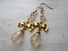 Check out all their items here: http://lovesvintage43.etsythemeshop.com/
