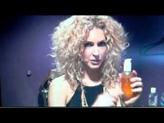 Embrace your curls!  Kimberly Schlapman from Little Big Town talking about how she styles her beautiful curly hair.
