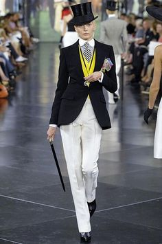 Female androgynous dandy look