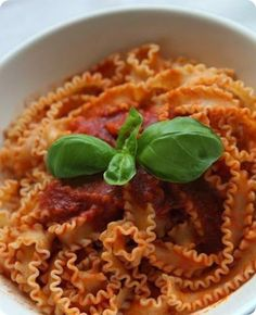 Le manfredine al ragù della tradizione napoletana