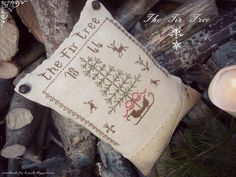 primitive cross stitch the fir treeHans by primitiveacorns on Etsy, €5.00