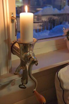 - Home Decor - # Vintage Crafts, Vintage Decor, Lampe Steampunk, Repurposed Items, Easy Christmas Crafts, Candle Centerpieces, Farmhouse Kitchen Decor, Porch Decorating, Country Decor