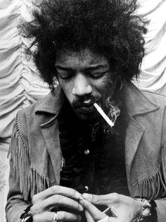 The appreciation of Johnny Allen Hendrix. Easy Guitar, Guitar Tips, Cool Guitar, Guitar Lessons, Simple Guitar, Jimi Hendrix Experience, Pink Floyd, Rock Music, My Music