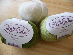 Knit Picks Palette for Vixen's Run Moebius - Cream, Green Tea Heather and Edamame