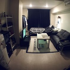 Yuyaさんの、ニトリ,モノトーン,IKEA,セリア,一人暮らし,ダイソー,部屋全体,のお部屋写真
