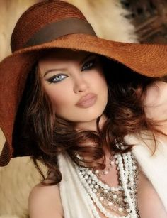 Beautiful Woman with Glamorous Eyes and with Full Lips - Makeup Tips
