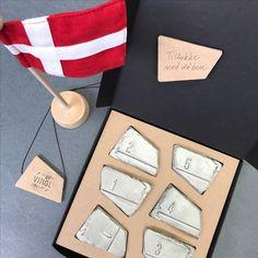 Højdemåler. MÅLVÆRK - en højdemåler i keramik. En helt unik og personlig gave, f.eks barsels eller dåbsgave.