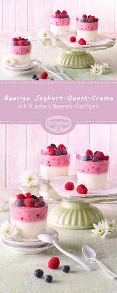 Passend zu der Pantone Trendfarbe Pink Lavender: Beerige Joghurt-Quark-Creme - Joghurt und Quark mit frischen Beeren-Früchten mit pflanzlichem Geliermittel