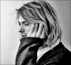 "phineas4cobain: ""I have seen the photo of kurt before…but not the whole picture. backstage. club lingerie 1993 """