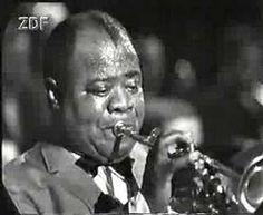 Los orígenes del Jazz son confusos, quizá porque se trata de un movimiento musical popular, que sienta sus bases en el arrabal, lejos de la academia