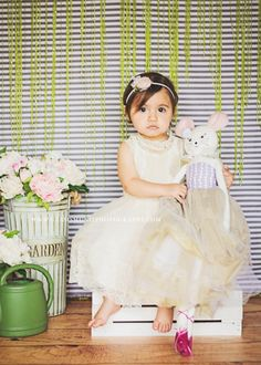 Iliasis Muniz Photography | Children Spring Mini Session, Spring mini session ideas, Spring mini set up, easter mini session, flowers, gardens, lizzapooh, headband and dresses by Lizzapooh, Mcallen tx, south padre island tx, Spring set up, children photographer, children, photography, Camila, rose headband.