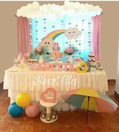 Fiesta de Nubes y Corazones 1st Birthday Party For Girls, Baby Birthday Cakes, Rainbow Birthday Party, Unicorn Birthday Parties, Baby Party, Rainbow Party Decorations, Birthday Party Decorations, Baby Shower Themes, Baby Shower Decorations