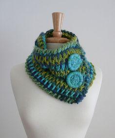 Tunisian Crochet braided neck warmer - wear it several different ways #crochet #scarf